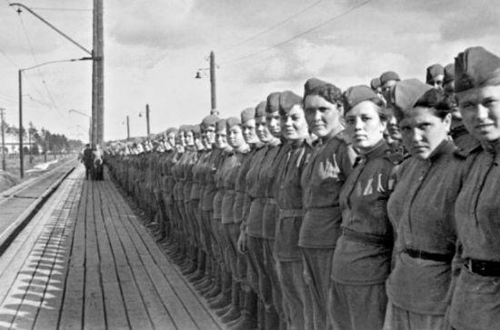 Фото военных лет. Девушки. 1941-1945 гг